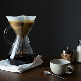 Glass Handled Chemex Brewer with 100 Chemex Filters
