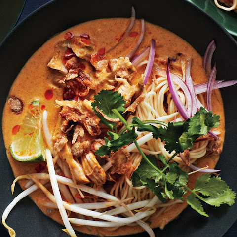 ... rich cinnamon sauce egg noodles with rich chicken curry sauce khao soi