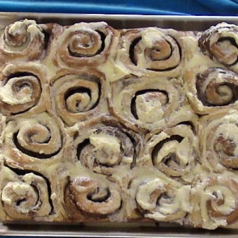 Cinnabon Cinnamon Rolls Using A Bread Machine