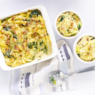 Cheese & Spinach Penne With Walnut Crumble