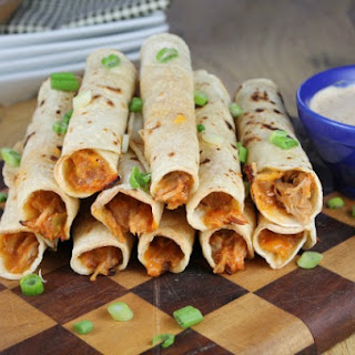 Cheesy Pulled Pork Taquitos