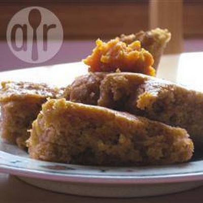 Spiced Pumpkin Cake Bars