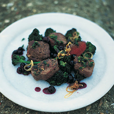 Pan-seared Venison With Blueberries, Shallots & Red Wine