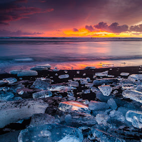 Sunset by the sea by Páll Jökull Pétursson - Landscapes Sunsets & Sunrises ( clouds, sand, suðurland, 2013, icebergs, sólsetur, lee nd-grad 0.9, ocean, canon eos 5d mkii, beach, fjara, iceland, ice, sunset, ísland, zeiss 21mm, suðurströnd, landscape )