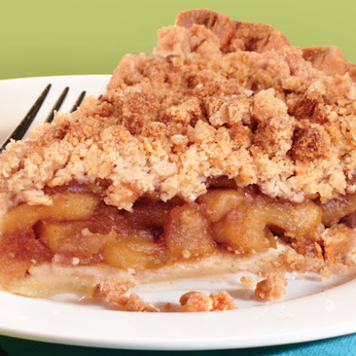 Pear and Apple Crumb Pie
