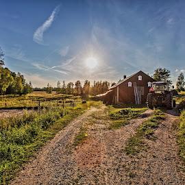 Frasta Farm by Athuro Explosivo - Landscapes Prairies, Meadows & Fields ( clouds, farm, sweden, sky, sun )