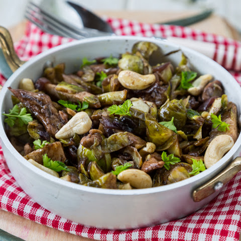 Brussels Sprouts, Chicken and Cashew