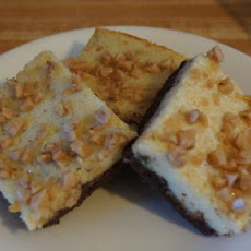 Toffee-Topped Cheesecake Bars