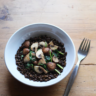 MUSHROOMS & STEWED LENTILS