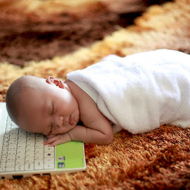 sleepy by Mohd Helmie Wahab - Babies & Children Babies