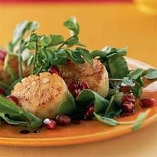 Seared Scallops with Pomegranate Sauce