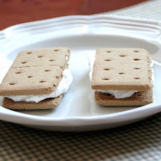 Cinnamon Cool Whip Sandwiches