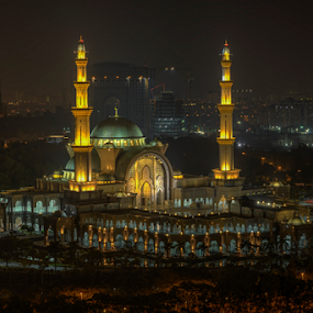 Hazy Night at Federal Territory Mosque by Nur Ismail Mohammed - Buildings & Architecture Places of Worship ( night photography, masjid, hdr, minaret, mosque, place of worship, dome )