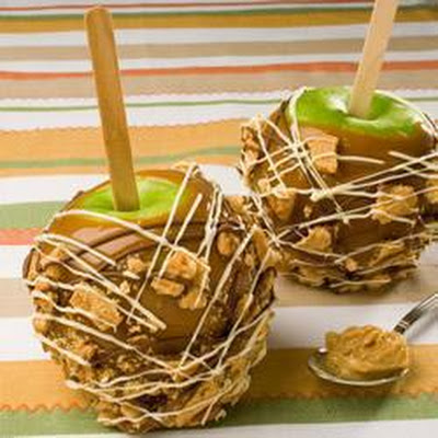 Caramel Crunch Toffee Apples