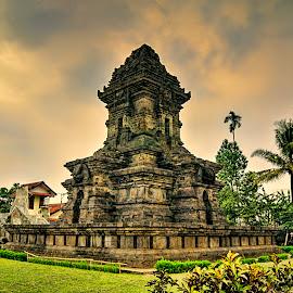 Candi Singosari by Randi Pratama M - Buildings & Architecture Statues & Monuments ( temple, statue,  )