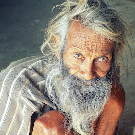 dezire.. to keep by Ashwin Kothari - People Portraits of Men