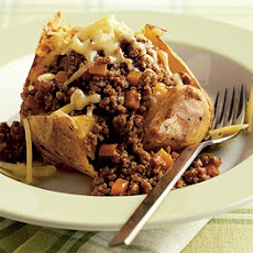 Baked Potato With Cheesy Mince