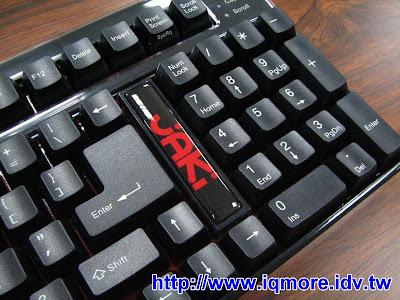 JAKi JD002 可程式化機械式電競鍵盤評測