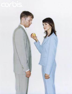 Foto Homem, mulher e maçã