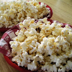 Sweet and Savory Popcorn With Honey and Parmesan Cheese