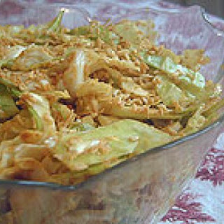 Raw Vegan Curried Cabbage Salad