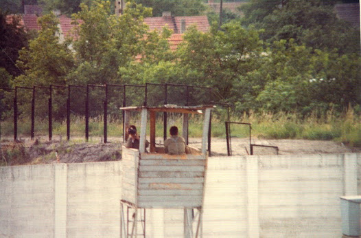 East German border guards turned their backs on westerners photographing them or used binoculars to stare back. As can be seen, their working conditions weren't necessarily the best.