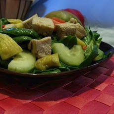 Mango, Chicken and Spinach Salad