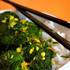 Stir Fried Broccoli With Orange and Ginger