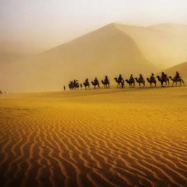 风沙-敦煌鸣沙山 by Liqiang Huang - Landscapes Deserts ( 敦煌, dunhuang, china )