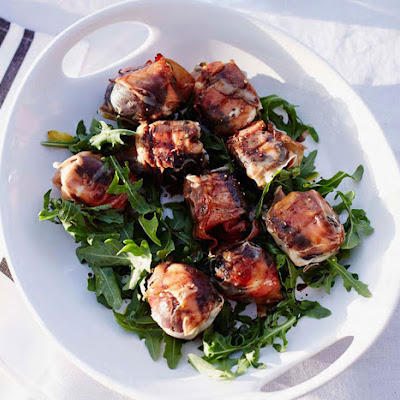 Grilled Figs with Prosciutto and Goat Cheese