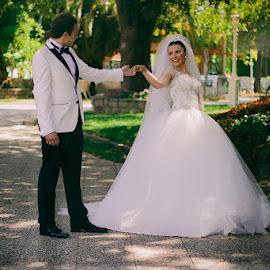 by Ahmet Tarıl - Wedding Bride & Groom ( kadıköy, wedding, dügün, türkiye, turkey, istanbul )