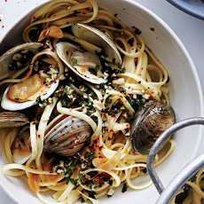 Linguine and Clams with Almonds and Herbs