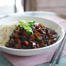 Jjajangmyun, the Korean-Chinese noodles with black bean paste