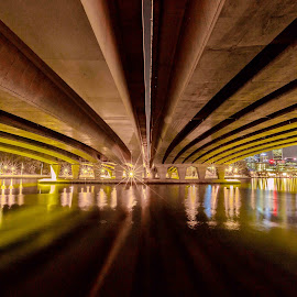 Perth city bridge by Lourens Lee Wildlife Photography - Buildings & Architecture Bridges & Suspended Structures ( perth, buildings, architecture, lourens lee, bridges )