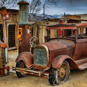 0184-Left at the Pump! by Fred Herring - Transportation Automobiles (  )