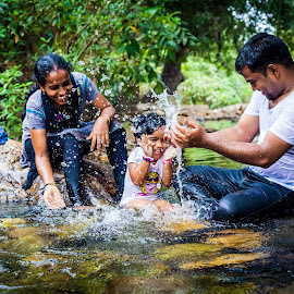 Fun by Shaik Mohaideen - People Family ( water, family, tada, children, chennai )