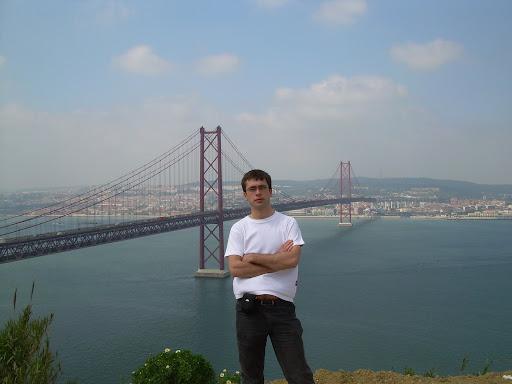 Golden Gate w Lizbonie