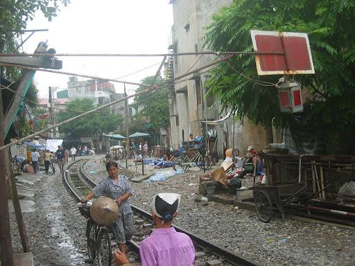 Centrum miasta, wyjazdówka Inter CIty na Sajgon