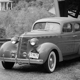 1937 Studebaker by Philip Molyneux - Transportation Automobiles ( car, studebaker, covered bridge, black and white, automobile, auto, antique )