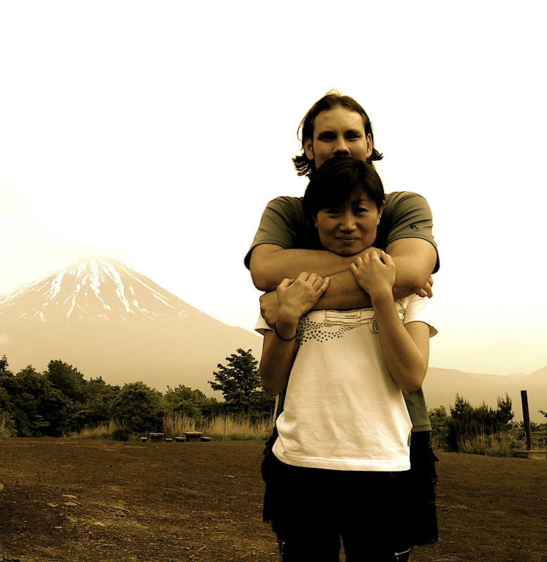 Jason & Aya before Mt. Fuji from 3rd peak of Ashiwadayama