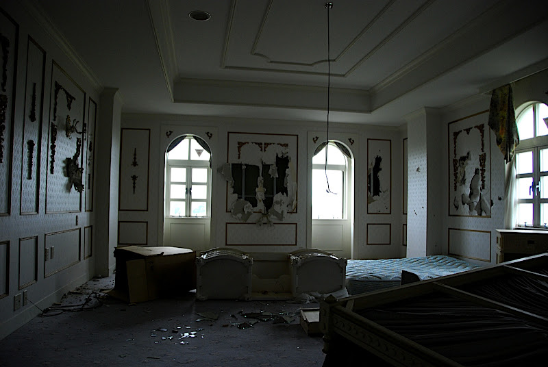 Only the honeymoon suite was destroyed like this, disgruntled jilted bride or groom?