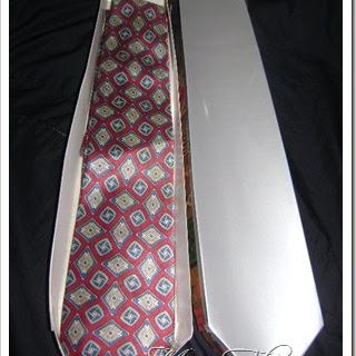 Caja de Regalo en Forma de Corbata - Manualidades Faciles