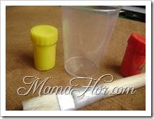 Adorno de casa hecho con vasos descartables