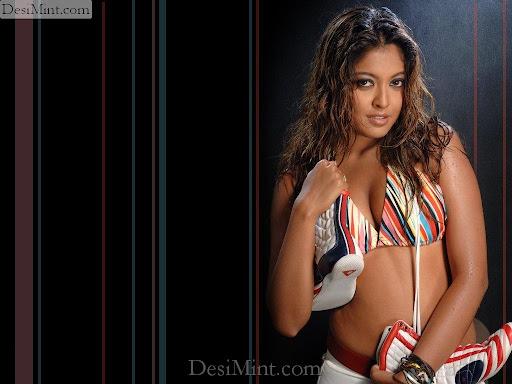 Indian_actress_tanushree_dutta_hot_masala_pics_gallery