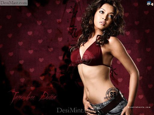 Tanushree_dutta_hot_wallpapers