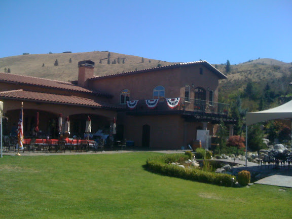 Tsilan Winery at Lake Chelan, WA