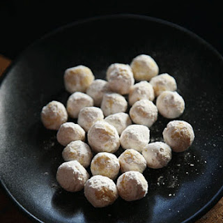 White Chocolate–Mint Truffles
