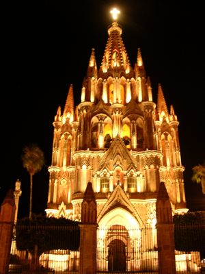 Cathedral-at-night.jpg