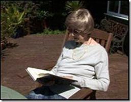 Lorna Page deixou livro engavetado durante três anos. Crédito: BBC Brasil