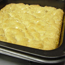Biscuit Mix Blond Brownies
